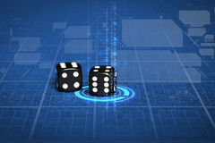 关闭在蓝色赌博娱乐场桌上的黑模子 免版税库存照片
