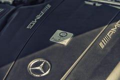 关闭在默西迪丝AMG引擎 免版税图库摄影