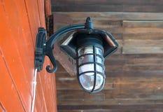 关闭墙壁灯笼 免版税库存照片