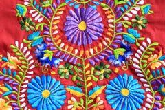 关闭墨西哥刺绣设计 免版税库存照片