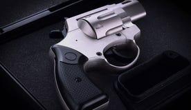 关闭左轮手枪 免版税库存照片