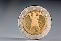 关闭德国两欧元硬币 免版税库存照片