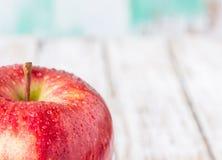关闭新鲜的红色苹果 免版税库存照片