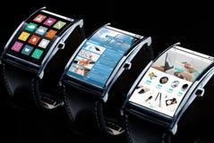 关闭有apps的巧妙的手表在屏幕上 库存图片