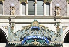关闭标志在国会大厦剧院,盐湖城, UT外面 图库摄影