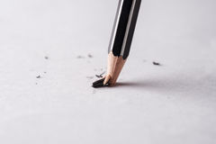 关闭残破的铅笔 免版税库存图片