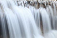 关闭瀑布在Kanchanaburi 图库摄影