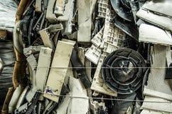 关闭电子回收的一台小型计算机零件 免版税图库摄影