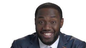 关闭笑黑人画象  股票视频