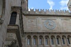 关闭耶鲁大学美术画廊时钟 库存照片