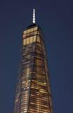 关闭自由塔顶面门面在更低的曼哈顿 免版税图库摄影