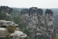 关闭著名岩层在撒克逊人的瑞士 免版税库存图片