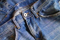 关闭蓝色牛仔裤 免版税库存照片