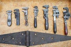 关闭许多不同的老工具 库存图片