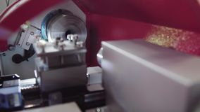 关闭车床机器控制 金属工艺机器 在高精密度的金属工艺机器里面 股票录像
