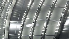 关闭追逐在一副金属大门罩的光看法在拉斯维加斯 股票视频