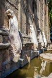 关闭马蒂纽喷泉,在Castelo de Vide,葡萄牙 库存照片