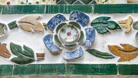 关闭黎明寺的墙壁装饰的看法 库存照片