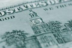 关闭100在美国货币的美金 库存图片