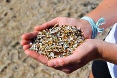 关闭-在玻璃海滩的沙子- Hanapepe,考艾岛 库存图片