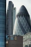 关闭从嫩黄瓜大厦的片段,伦敦 免版税库存照片