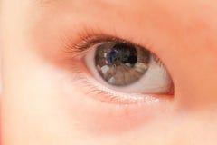 关闭婴孩眼睛 免版税库存照片