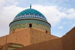 其中一个传统多孔黏土大厦在亚兹德 免版税库存图片