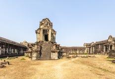 其中一个外部结构的壁角词条, Siem Riep,柬埔寨 库存照片