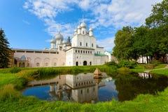 其中一个罗斯托夫克里姆林宫的寺庙 免版税库存图片