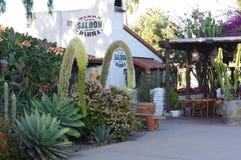 其中一家餐馆在老镇圣地亚哥 免版税库存照片