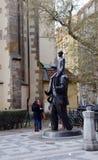 其中一座布拉格对XX世纪的了不起的作家的` s纪念碑,弗朗茨・卡夫卡 库存照片