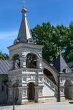 其中一座许多东正教的钟楼在莫斯科 库存照片