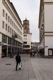 其中一条购物街道在老镇城市 免版税库存图片