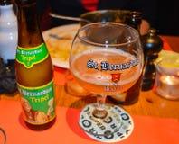 其中一著名啤酒厂啤酒在客栈在跟特, 2017年11月5日的比利时 免版税图库摄影