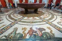 其中一间梵蒂冈博物馆的屋子 库存照片
