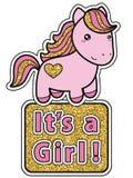 其女孩 与逗人喜爱的动画片kawaii小马的明亮的桃红色和金黄闪烁婴儿送礼会邀请卡片 免版税库存图片