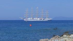 其次在世界的最大的帆船 免版税库存照片