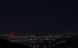 其次Bosphorus桥梁在晚上 免版税图库摄影