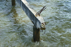具体桥梁在海没有被修筑 免版税库存照片