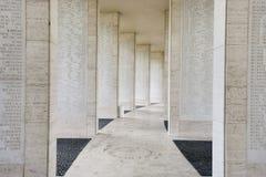 具有缺掉战士的名字墙壁在博尼法西奥堡,马尼拉,菲律宾 库存照片