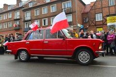 经典之作波兰汽车Polski在游行的菲亚特1500 免版税库存照片
