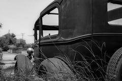 经典之作生锈了古董车 图库摄影