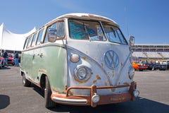 经典之作1966年大众公共汽车 免版税库存图片