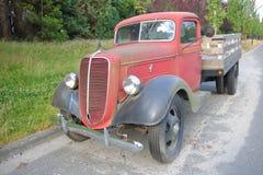 经典之作1938年福特卡车 免版税图库摄影