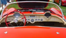 经典之作1955年雪佛兰轻武装快舰汽车 免版税库存图片