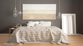 经典卧室,斯堪的纳维亚现代样式, minimalistic interio 免版税库存照片