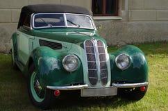 经典古色古香的车的BMW 免版税库存图片