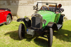 经典古色古香的车的OPE 库存照片