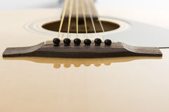 经典吉他细节特写镜头  免版税图库摄影