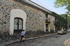 典型墨西哥的街道 库存照片